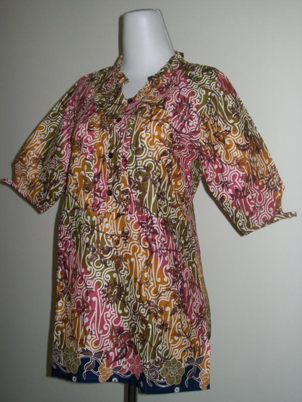 Batik Wanita Lengan 3/4 Warna Kombinasi Manis