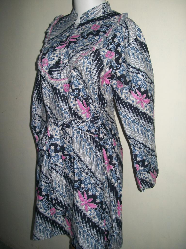 Blus Batik Bahan Katun Printing Motif Bunga Lereng - Toko Batik ... 8ee6e6dd01