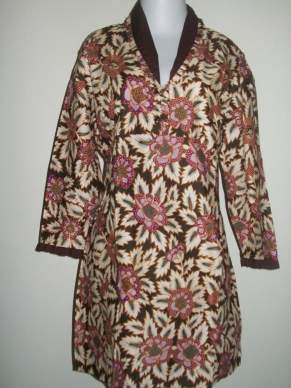 Batik Lengan Panjang Blus Wanita, Motif Bunga-Bunga
