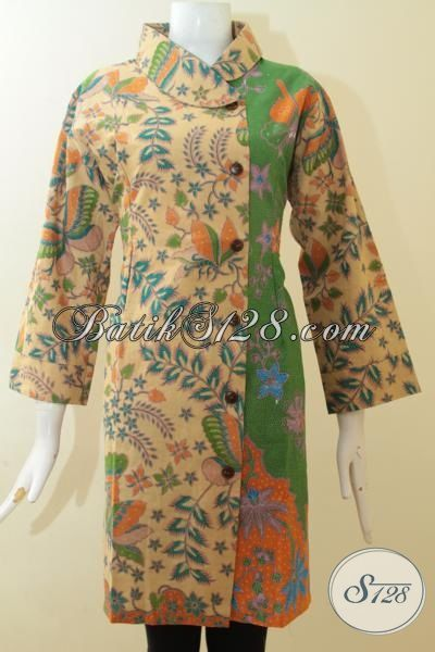 Dress Batik Modern Motif Keren Dengan Warna Cream Kombinasi Hijau Pas Buat Ke Kantor Maupun Kondangan [DR2930PL-XL]