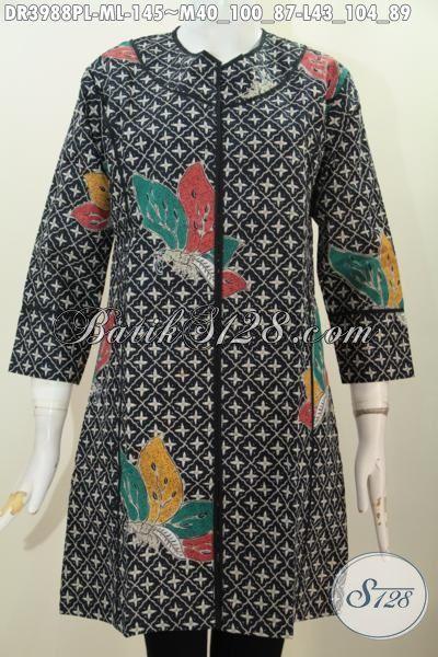 Baju Dress Modern Desain Tanpa Kerah, Pakaian Batik Trendy Buatan Solo Bahan Adem Proses Printing Halus Berpadu Motif Unik Untuk Tampil Lebih Stylish, Size M – L