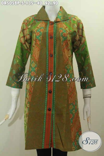 Baju Dress Batik Formal Model Kerah Kotak, Hadir Dengan Warna Hijau Kombinasi Proses Printing Motif Klasik Untuk Seragam Kerja Wanita Karir 20 Tahunan, Szie S