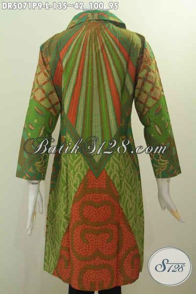 Baju Batik Klasik Warna Hijau Berbahan Halus Proses Printing Desain Kerah Kotak Bikin Cewek Terlihat Modis Dan Gaya, Size L