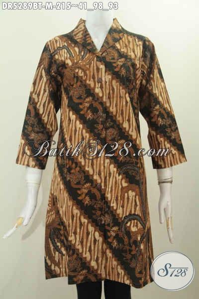 Dress Batik Kombinasi Tulis Model Terusan Kerah Langsung Nan Elegan Dengan Motif Klasik, Pakaian Batik Kerja Wanita Karir Untuk Penampilan Lebih Istimewa Harga 215 Ribu [DR5289BT-M]