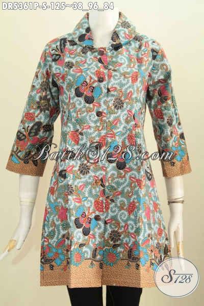 Baju Dress Batik Terkini, Hadir Dengan Model Kerah Bulat Berpadu Motif Bunga Dan Kupu Buat Wanita Muda Tampil Modis Dan Cantik Mempesona [DR5361P-S]