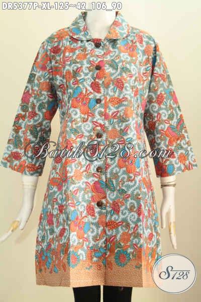 Dress Batik Solo Terbaru, Hadir Dengan Model Kerah Bulat Berpadu Motif BungaDan Kupu Proses Printing Buat Wanita Dewasa Terlihat Modis Dan Mempesona [DR5377P-XL]