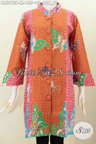Baju Dress Batik Modis Pakai Kancing Besar, Busana Batik Trend Terkini Motif Keren Bahan Halus Proses Printing, Spesial Buat Wanita Muda Terlihat Modios Dan Stylish [DR5413P-M]