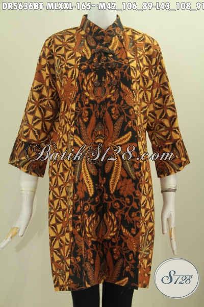 Dress Batik Elegan Dan Mewah, Pakaian Batik Solo Kwalitas Istimewa Berbahan Adem Proses Kombiansi Tulis Model Kerah Shanghai Dengan Kancing Zig-Zag Modis Banget [DR5636BT-L]