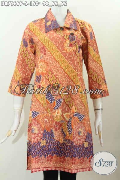 Baju Dress Motif Modern Klasik, Pakaian Batik Wanita Muda Desain Kancing Miring Dengan Kerah Lancip, Tampil Lebih Modis [DR7369P-S]