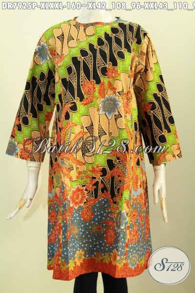 Baju Batik Halus Desain Kekinian Tanpa Krah Dan Resleting Depan, Dress Batik Modis Motif Modern Klasik Proses Printing, Di Jual Online 160K [DR7925P-XXL]