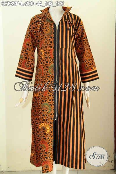 Model Baju Batik Kerja Wanita Berhijab, Gamis Batik Elegan Buatan Solo Asli Ukuran L Proses Printing Desain Resleting Depan 200 Ribu Saja [G7682P-L]