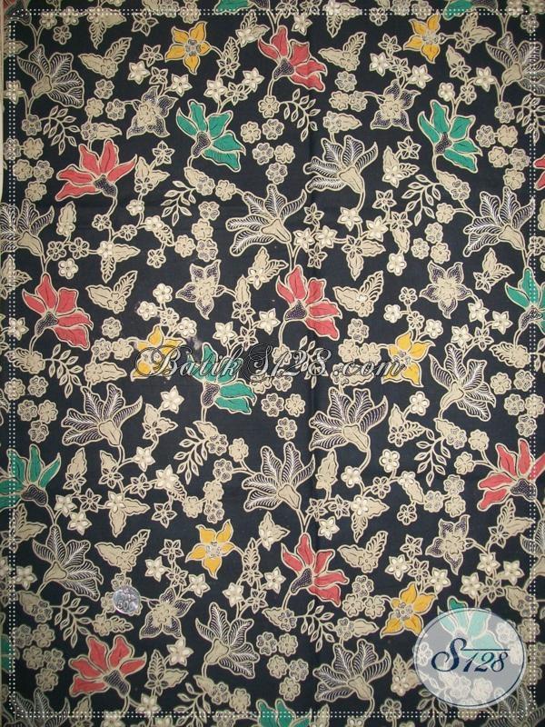 Warna Dasar Hitam Batik Semi Tulis Yang Elegan,Motif Floral Cocok Untuk Busana Seragam Batik Wanita [K1005BT]