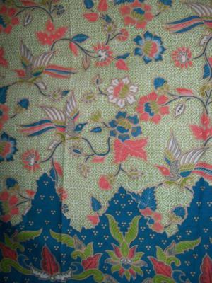 Kain Batik Modern Warna Soft, Batik Bahan Busana Dengan Motif Campuran Floral Kawung Fauna Keren Asli Solo