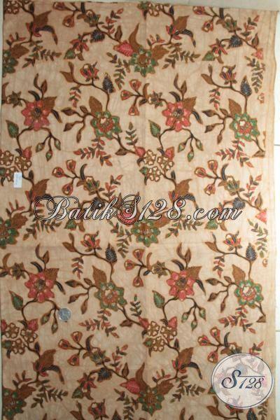 Batik Kain Produk Solo, Jual Batik Klasik Masa Kini, Kain BAtik Kwalitas Halus Untuk Pakaian Mewah Dan Fashionable [K1834BT-240x110cm]