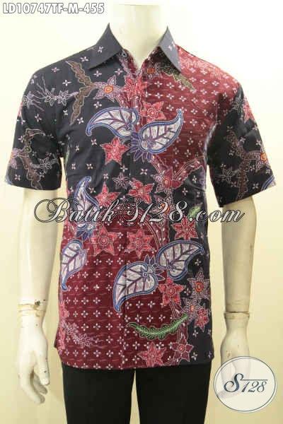 Pakaian Batik Lelaki Muda Untuk Tampil Gagah Mempesona, Baju Batik Tulis Lengan Pendek Full Furing Nan Istimewa Bikin Penampilan Gagah Berkelas, Size M