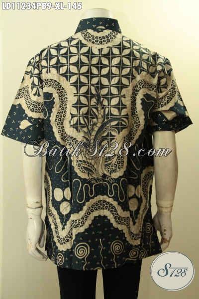 Model Baju Batik Cowok Terbaru Motif Bagus Dan Berkelas, Pakaian Batik Solo Nan Istimewa Size XL Lengan Pendek Proses Printing Cabut, Cocok Banget Untuk Ngantor
