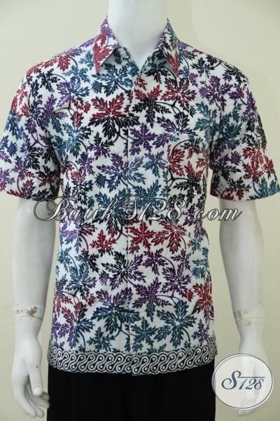 Baju Batik Pria Modern Motif Daun Pepaya Warna Putih Cerah, Untuk Jiwa Muda Aktif Energik [LD2411C-L]