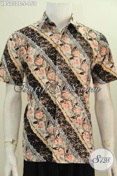 Kemeja Batik Bagus Motif Parang Bunga, Busana Batik Cowok Lengan Pendek Istimewa  Proses Cap Bahan Adem Nyaman Di Pakai Tampil Lebih Keren, Size S