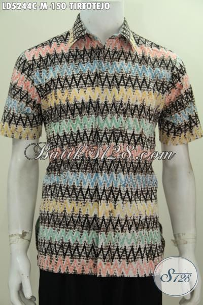 Hem Pakaian Santai Motif Tritoteja Modis Buat Acara Santai, Pakaian Batik Modern Bahan Adem Proses Cap Tampil Gaya Dan Mempesona, Size M