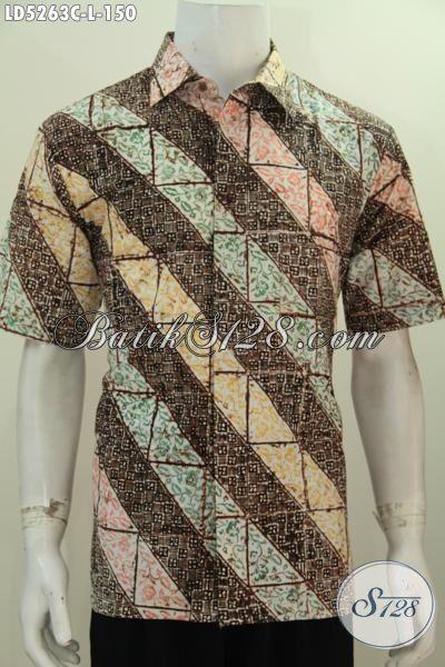 Hem Batik Parang Lengan Pendek Modis Desain Modern Yang Berkelas, Pakaian Batik Proses Cap Modis Untuk Ke Kantora, Size L