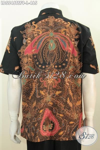 Foto baju batik pria bagian belakang