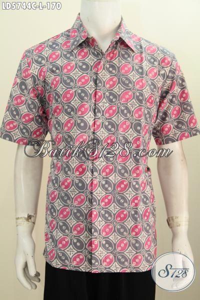 Sedia Kemeja Batik Modern Buatan Solo, Pakaian Batik Lengan Pendek Modis Proses Cap  Untuk Pria Terlihat Keren Dan Tampan, Size L