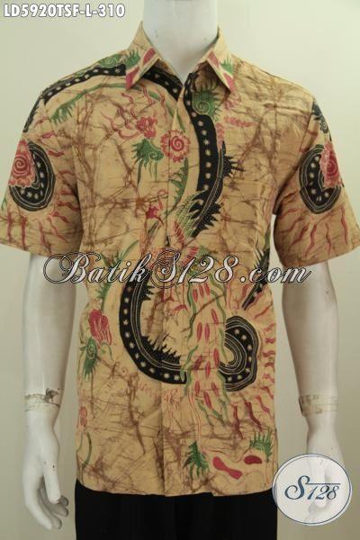 Hem Batik Lengan Pendek Modis Motif Bagus Proses Tulis Soga, Pakaian Batik Solo Bahan Halus Desain Elegan Yang Membuat Pria Tampil Menawan, Size L