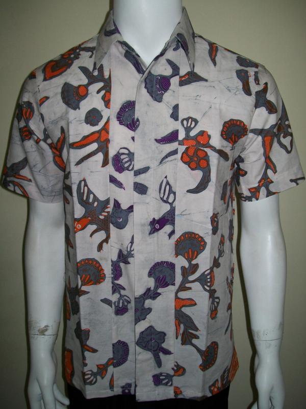 Baju Batik Pria Warna Putih Unik Untuk Anak Muda Modern Gaul  LD717CT-S  939d4e52d8