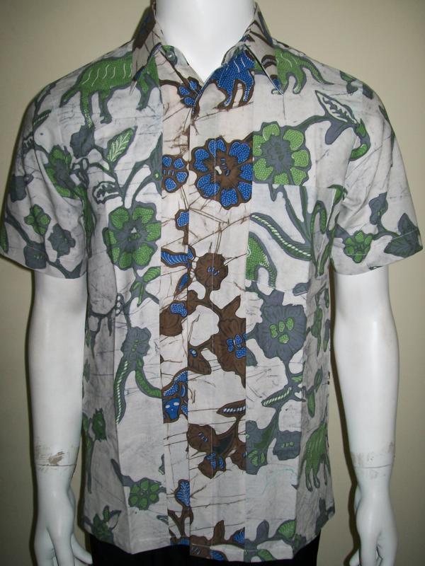 Kemeja Batik Unik Tabrak Warna, Latar Putih Belakang dan Depan Beda [LD719CT-S]