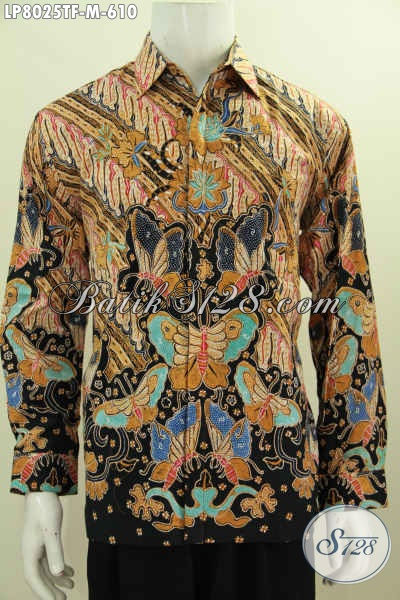 Pakaian Batik Istimewa Untuk Pria Tampil Beda Busana