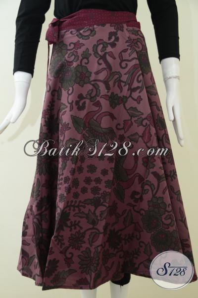 Rok Batik Modern Motif Bunga Berpadu Warna Soft Terlihat Elegan, Bawahan Batik Trendy Sempurnakan Penampilan Wanita Masa Kini