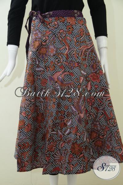 Bawahan Batik Model Lilit Trend Busana Wanita Masa Kini, Rok Batik ...