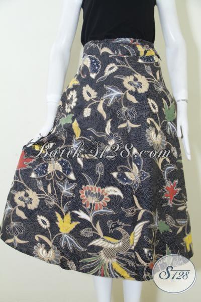 Jual Rok Batik  Modern Warna Hitam Motif Masa Kini, Busana Bawahan Batik Membuat Wanita Semakin Modis Dan Feminim