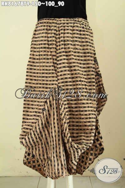 Model Baju Batik Rok Aladin Trend Mode Masa Kini, Bawahan Batik Untuk Wanita Tampil Gaya Dan Keren Hanya 150K [RK8167BT-All Size]