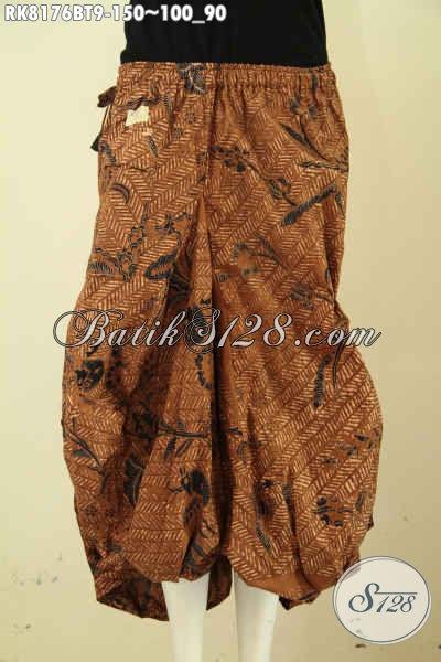 Model Rok Batik Aladin Cocok Buat Santai Dan Jalan-Jalan, Hadir Dengan Kantong 2 Serta Karet Dan Tali Pinggan, Bahan Halus Motif Klasik Kombinasi Tulis [RK8176BT-All Size]