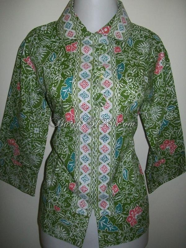 Mode Batik Terkini Blus Batik Wanita di Thamrin City Dan Tanah