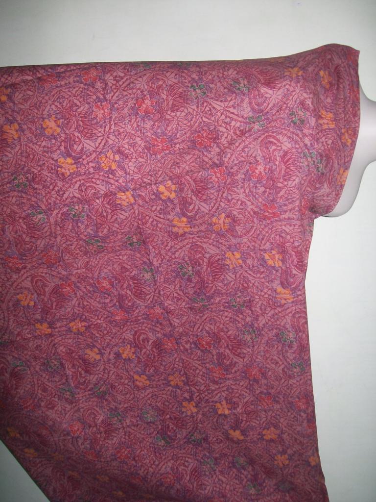 Jual Kain Batik Motif Abstrak Warna Merah Trend 2012 [K156]