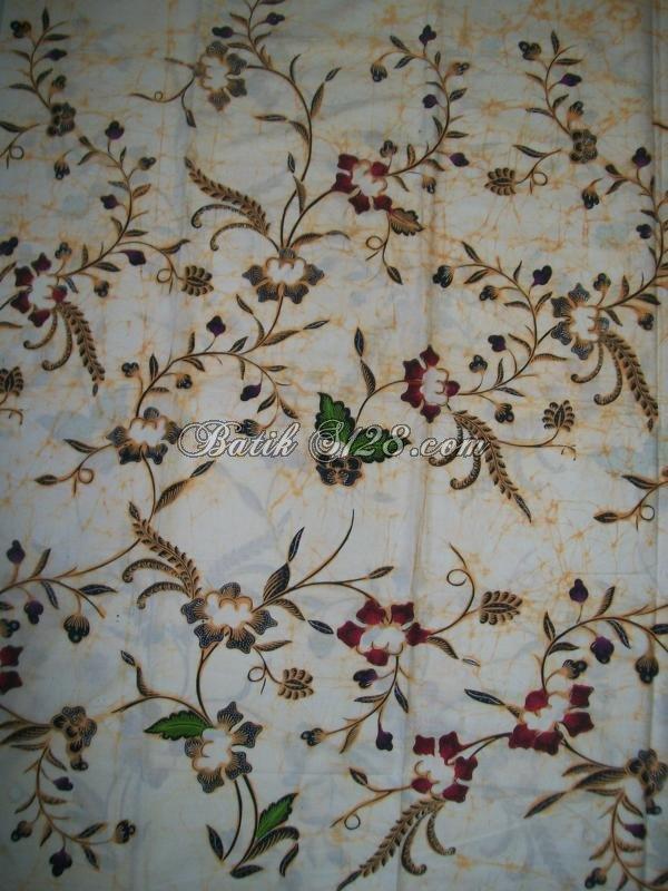 Batik Motif Bunga, Warna Putih Semburat Pecah [KCBT353]