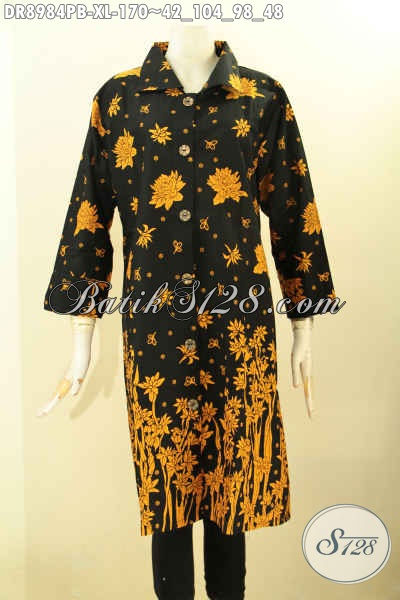 Jual Online Dress Batik Wanita Terbaru, Pakaian Batik Elega Desain Modis Dengan Kerah Dan Kancig Depan, Baju Batik Istimewa Lengan 7/8 Yang Membuat Wanita Tampil Mempesona Dengan Harga Biasa [DR8984PB-XL]