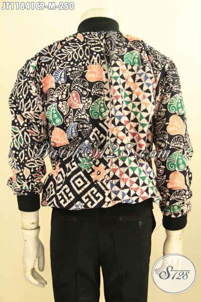 Jaket Batik Bomber Solo Lengan Panjang Istimewa Di Lengkapi Furing Dormeuil Halus, Jaket Batik Halus Motif Keren Proses Cap Pria Muda Tampil Gaya Dan Kekinian [JT11841C-M]