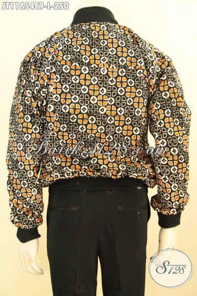 Jaket Batik Istimewa Desain Keren, Jaket Batik Solo Model Bomber Kwalitas Istimewa Bahan Halus Motif Bagus Proses Cap Pakai Furing Dormeuil, Tampil Lebih Bergaya [JT11854C-L]