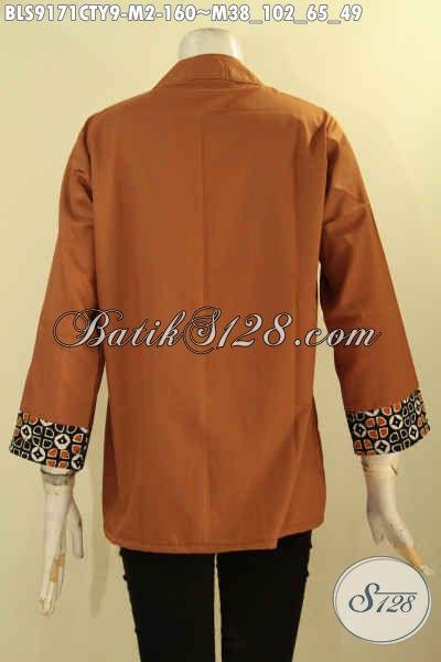 Blouse Wanita Trendy Desain Keren Banget Paduan Batik Dan Kain Polos Toyobo, Cocok Untuk Seragam Kerja Wanita Karir, Tampil Lebih Gaya Dan Beda [BLS9171CTY-M]