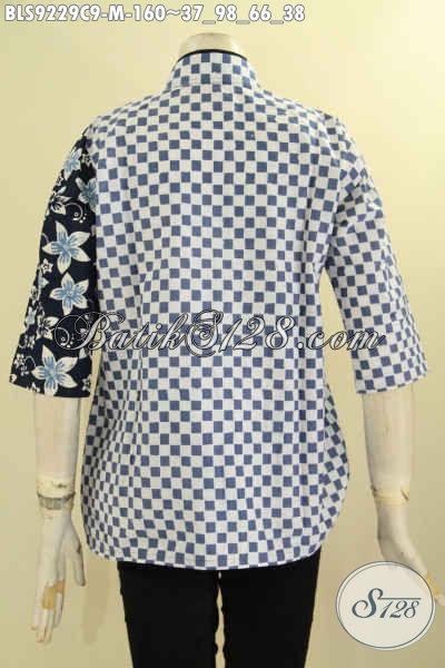 Model Pakaian Batik Wanita Terkini, Hadir Dengan Desain Keren Kerah Shanghai Kombinasi Plesir Polos Motif Trendy Proses Cap, Penampilan Lebih Cantik Dan Bergaya [BLS9229C-M]