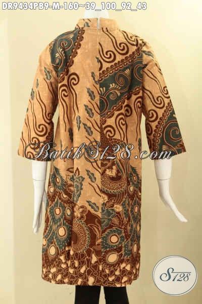 Dress Batik Kerah Shanghai Pakai Resleting Belakang Lengan 7/8, Baju Batik Elegan Wanita Muda Untuk Tampil Cantik Dan Anggun Di Setaip Moment [DR9434PB-M]
