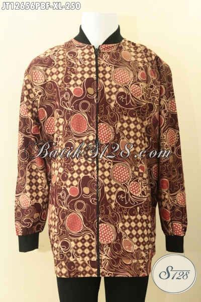 Jaket Batik Pria Kwalitas Istimewa, Hadir Dengan Model Bomber Berbahan Halus Daleman Full Furing Dormeuil Yang Biasa Di Pakai Untuk Jas [JT12656PBF-XL]