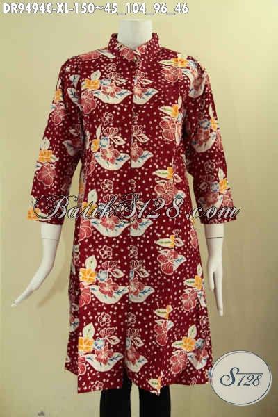 Dress Batik Warna Merah Motif Bunga Model Lengan 7/8, Pakaian Batik Wanita Masa Kini Kerah Shanghai Yang Di Lengkapi Kancing Depan Terlihat Modis [DR9494C-XL]