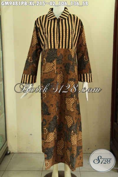 Gamis Batik Dengan Paduan 2 Motif Elegan Jenis Print Cabut, Busana Batik Wanita Berhijab Desain Mewah Kerah Bulat Yang Di Lengkapi Resleting Depan, Bikin Penampilan Lebih Menawan [GM9481PB-XL]