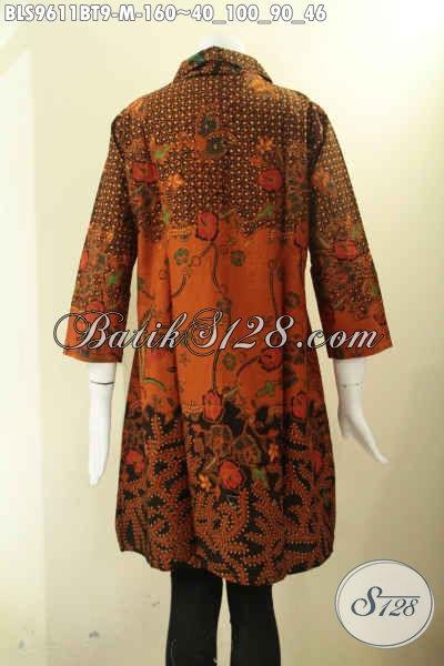 Pakaian Batik Wanita Muda Motif Klasik Kombinasi Tulis, Blouse Batik Desain Treny Tanpa Krah Kancing Depan Lengan 7/8, Pas Untuk Seragam Kerja [BLS9611BT-M]