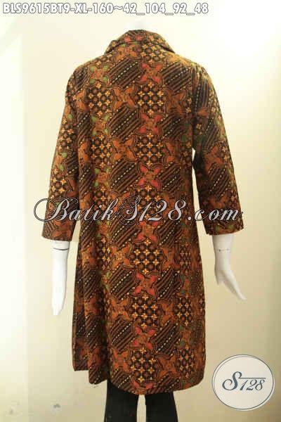 Koleksi Baju Batik Perempuan Model Krah Pakai Kancing Depan Lengan 7/8, Blouse Batik Istimewa Motif Elegan Tampil Terlihat Berkelas [BLS9615BT-XL]
