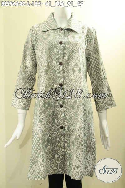 Busana Batik Wanita Warna Soft Bahan Halus Nyaman Di Pakai, Blouse Batik Solo Model Krah Motif Trendy Proses Cap Di Lengkapi Kancing Depan Lengan 7/8 [BLS9624C-L]